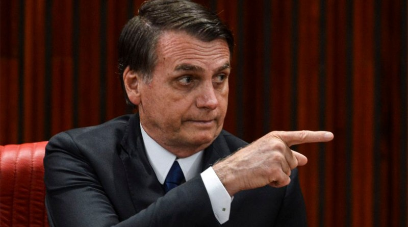 Nada acontece depois do 'eu autorizo' a Bolsonaro e apoiadores mostram frustração