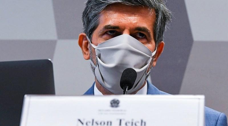 Teich: Bolsonaro flexibilizou quarentena sem consultar Ministério da Saúde