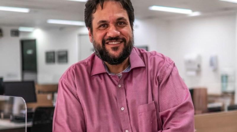 """Chicão dos Eletricitários: """"Privatização da Eletrobrás vai espantar indústria que resta no país""""   Hora do Povo"""