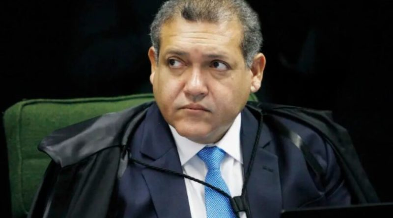 Kassio Nunes foi excluído de nota pró urna eletrônica por nunca ter integrado o TSE