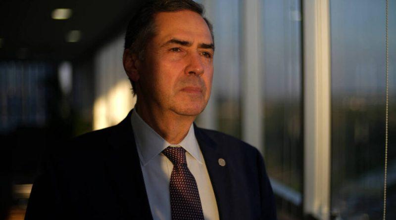 Rede bolsonarista faz ofensiva digital contra o Supremo e mira Barroso