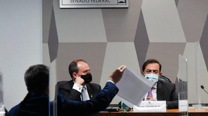 'Bolsonaro vai perder noites de sono com relatório da CPI', afirma Humberto Costa