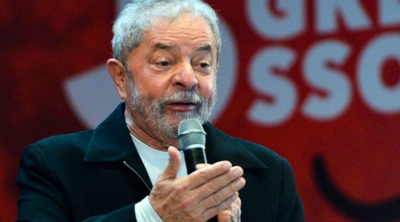 Bial diz que Lula é passado e petista pergunta se o novo 'é a fome'