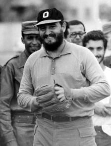 Mais uma de Fidel jogando.