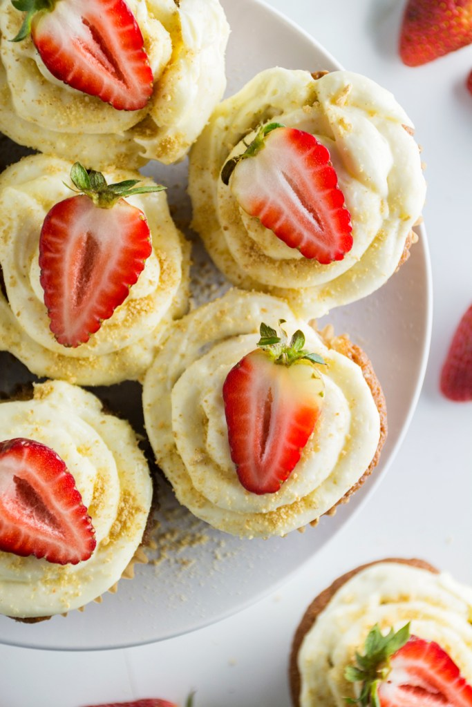 Strawberries & Cream Cheesecake Cupcakes