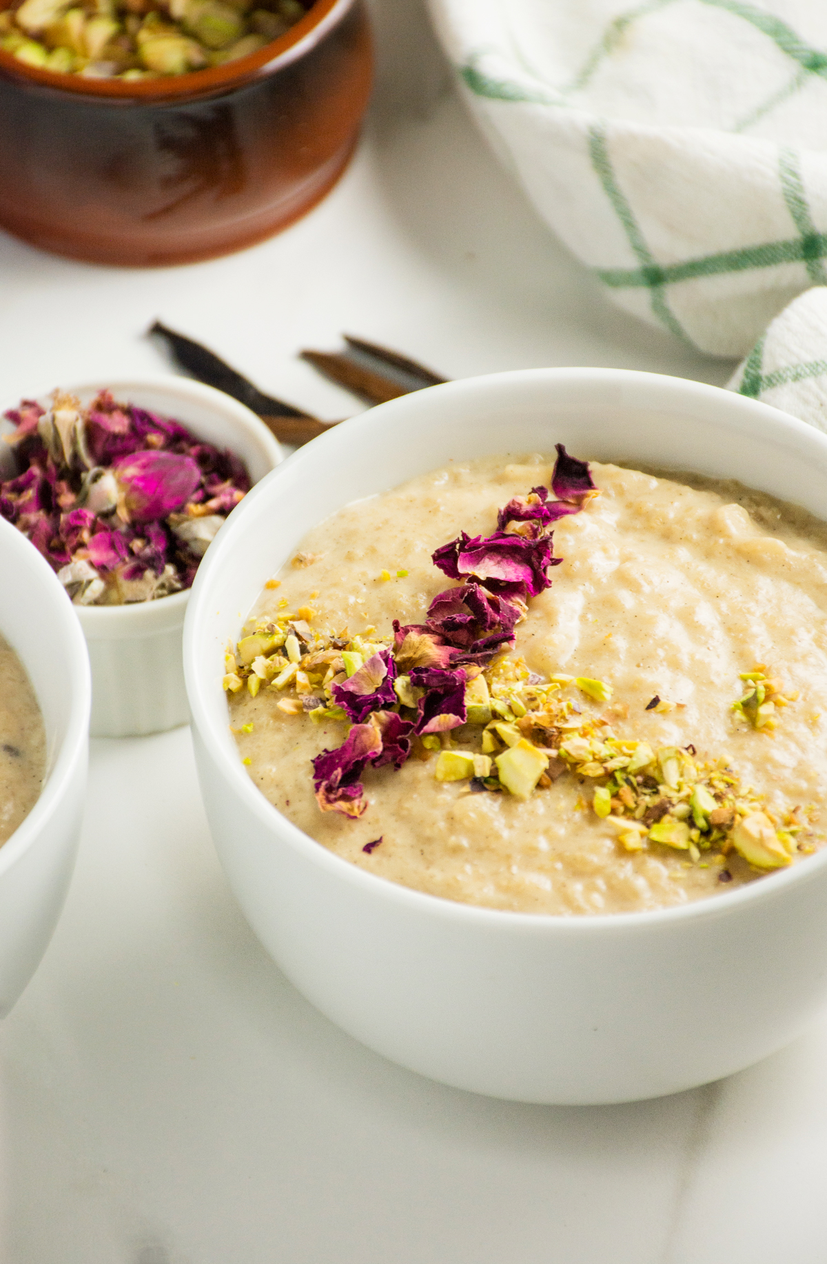 Breakfast Recipes 2016 3 25 Breakfast Cardamom Rice Pudding >> Rose Scented Rice Pudding With Vanilla Cardamom Pistachio