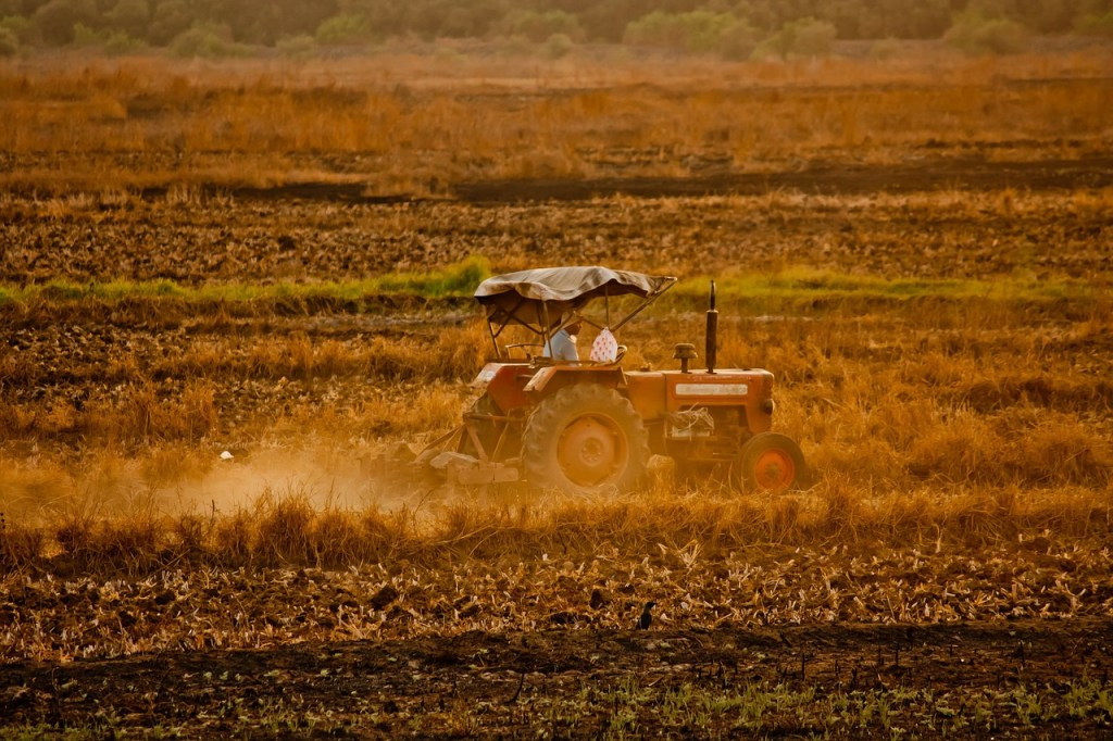 tractor-167079_1280