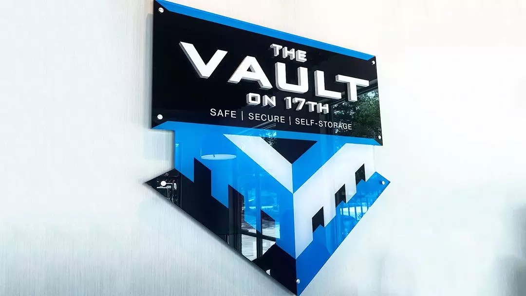 Get Inspiration for Your Office With These Beautiful Acrylic Signs