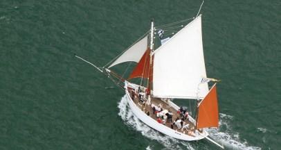 Bateau transport maritime à la voile