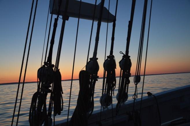 Coucher de soleil direction Bordeaux en mer