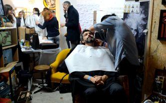 Envie d'une coupe ? Le barbier du Comptoir du Cheveu était là pour nous