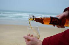 Et si c'était ça la potion de Panoramix ? Du chouchen breton aux teintes salines !