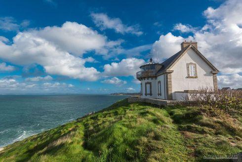 Le phare du Millier à Beuzec-Cap-Sizun, Finistère