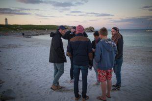 Réunification des copains au week-end de survie sur l'île de Penfret