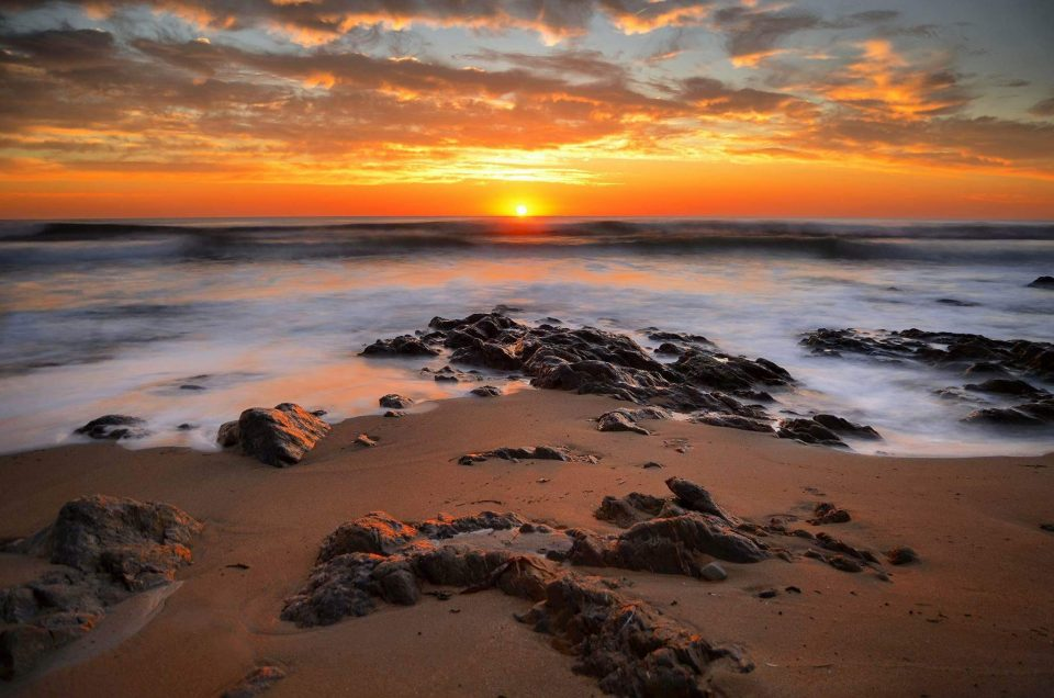 Coucher de soleil à la plage du Loch
