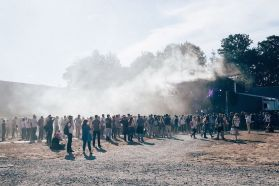 Burning Man ? Non, La Route du Rock en BZH !