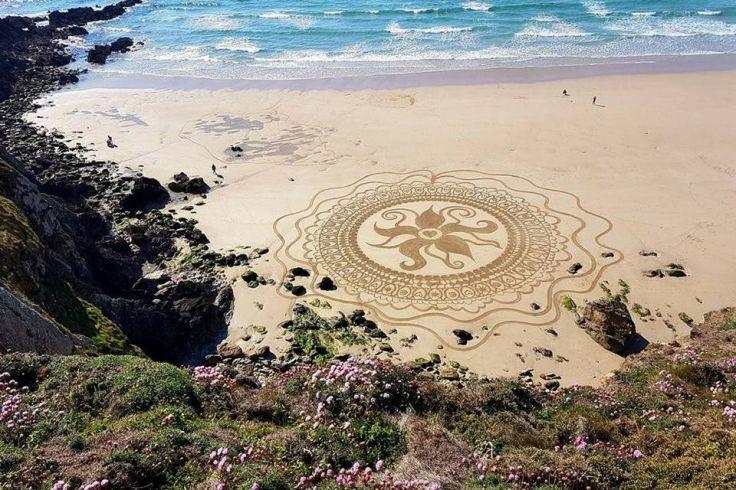Quand la marée passe, le mandala trépasse !
