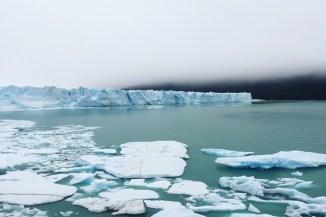Icebergs Under The Pole