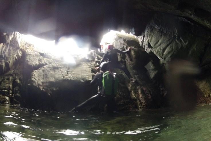 Cavités et grottes