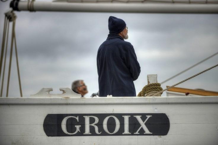 Le bateau la Biche au large de l'île de Groix