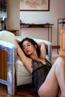 Emmanuelle K, la lingerie haut de gamme et en éditions limitées