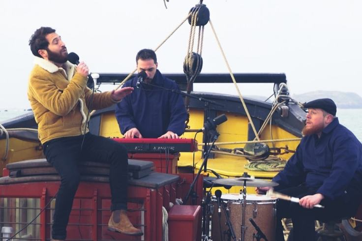 Live Brocken Back et ses musiciens a Saint Malo