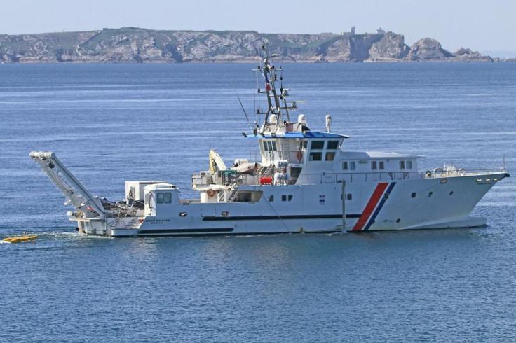 Le navire André Malraux à la recherche de La Cordelière.