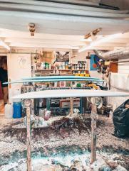 L'atelier du shaper Plume d'avion est une galerie d'art a lui seul