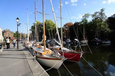 Se promener sur le port de la Roche-Bernard