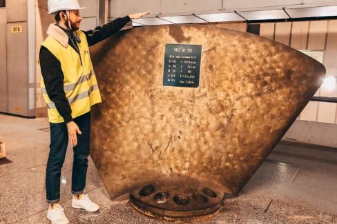 Différence entre la taille d'une usine marémotrice et la taille humaine