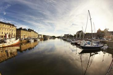 Le port fluvial de la ville de Redon