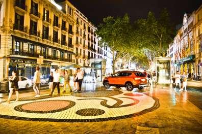 Set-Barcellona_LRPix3-SEAT-ATECA-Rambla 01