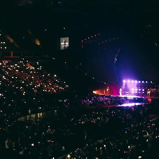 Carly Rae Jepsen opening the show #witnesskp ? @rogersarena #vancouver #witnessthetour - from Instagram