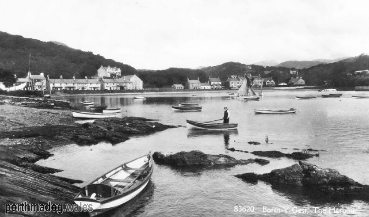 Postcard of The Harbour, Borth-y-Gest