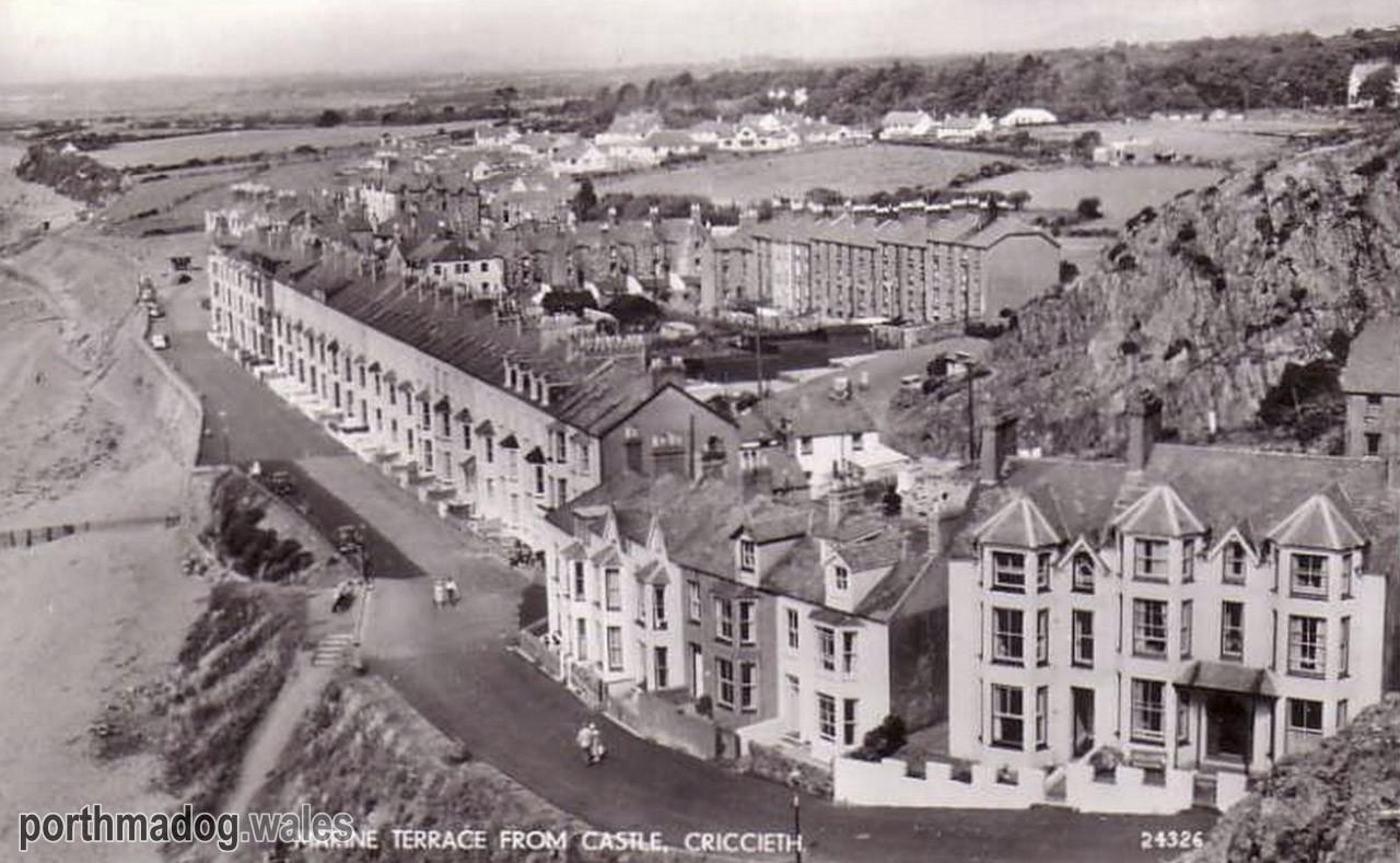 Postcard of Marine Terrace from Criccieth Castle