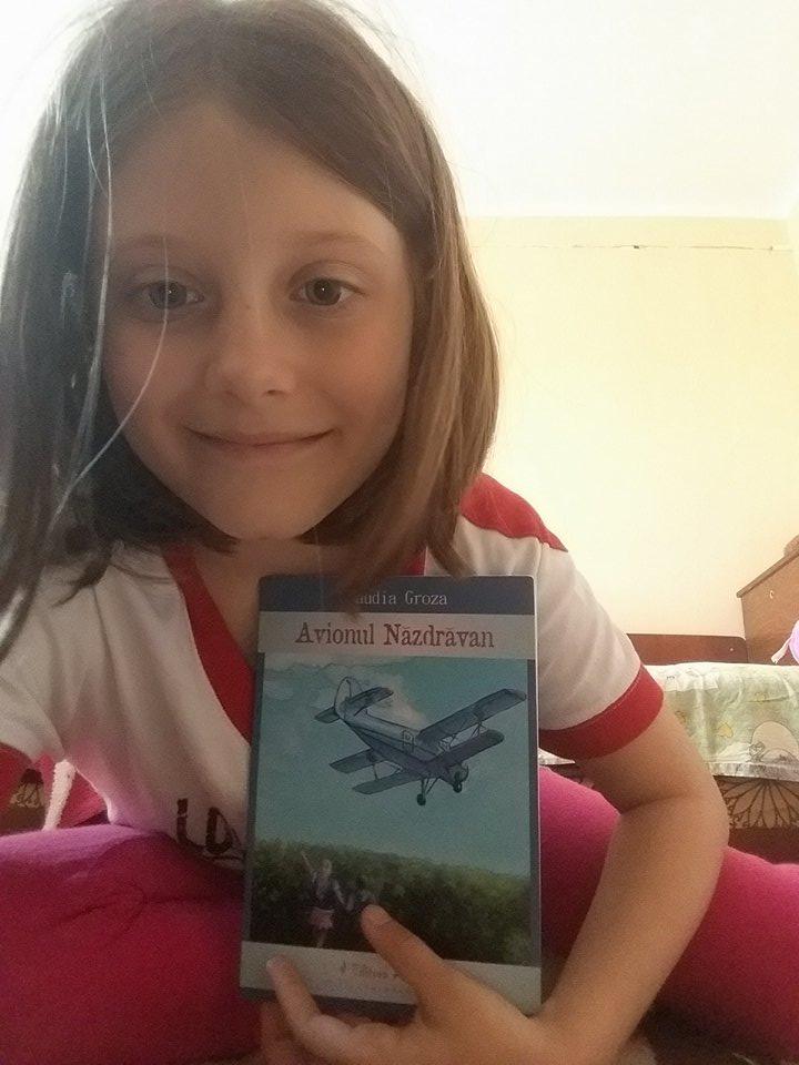 Avionul năzdrăvan - Claudia Groza Lazăr - Amira