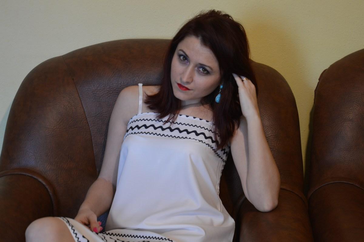 OOTD - Rochia albă cu model în zig-zag, de la Zaful