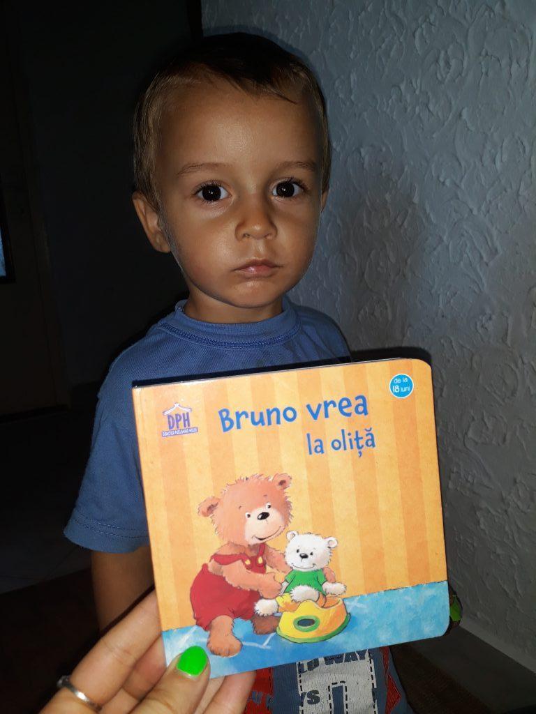 Bruno vrea la oliță