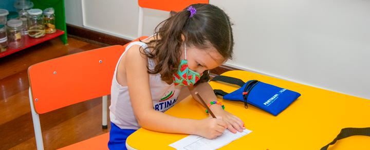 Portinari dá início às aulas presenciais com sistema de rodízio de turmas