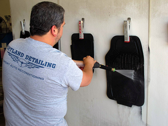 portland-maine-auto-detailing-cleaning-floor-mats