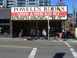 Powellsbooks_IMG_3961