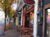 Small shops and eateries line the walks on Mississippi Ave.