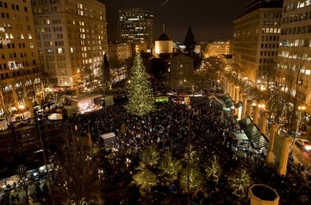Portland Christmas Tree.Portland Condos Christmas Trees Portland Condos