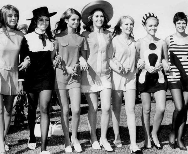 История мини - юбки