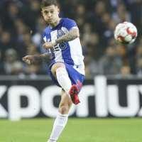 Bomba de Otávio reduz a desvantagem do FC Porto
