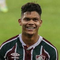 Oficial: Evanilson assina com o FC Porto até 2025