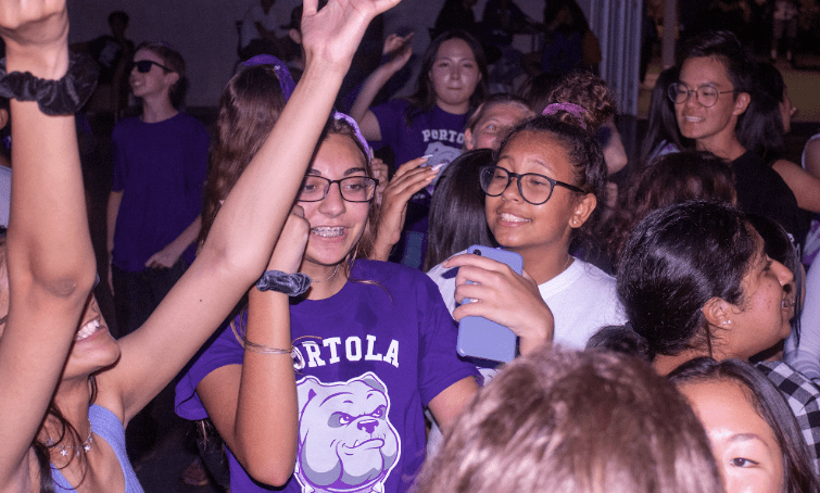 The+dance+served+as+a+way+to+welcome+the+new+freshman+class%2C+who+were+the+largest+group+of+the+participants+at+the+event%2C+according+to+Francis.
