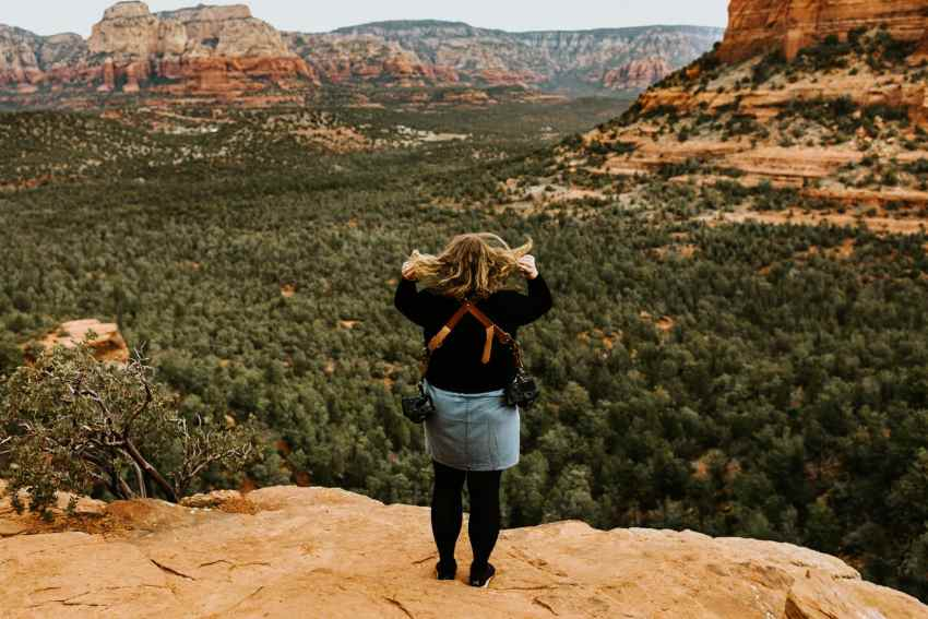 photographer hiking sedona