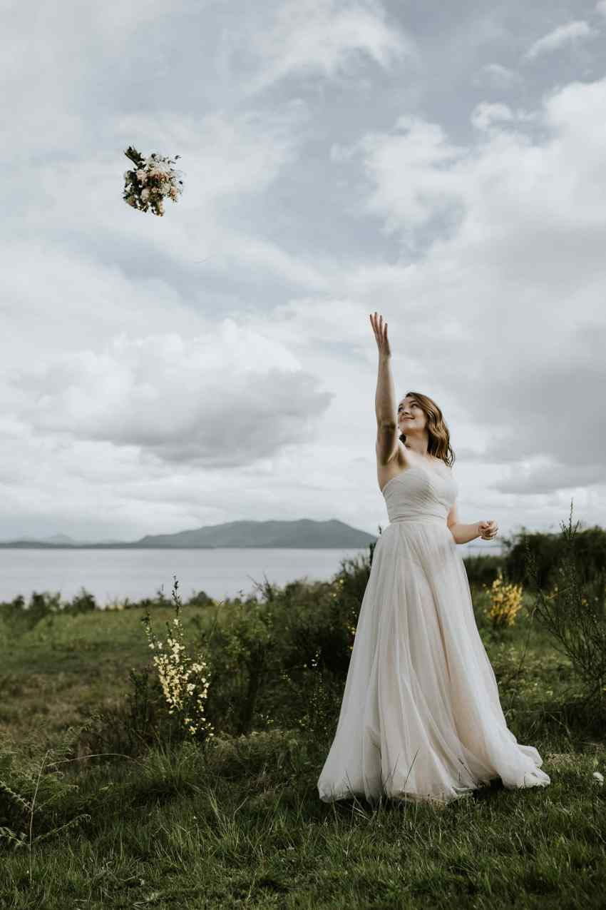 lummi island wedding bouquet toss