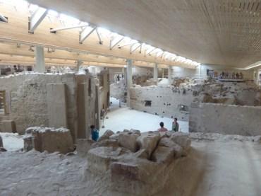 5000 year old duplexes at Ancient Akrotiri!